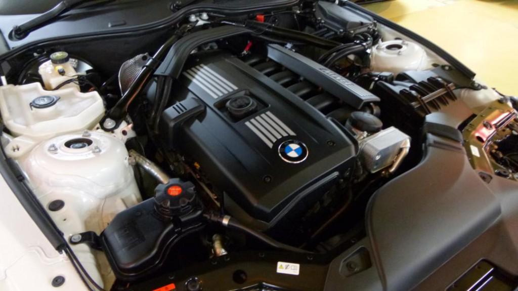 BMW Z4 S-DRIVE-23I 2010